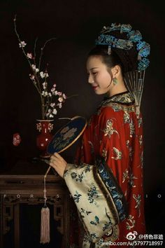 Oriental Dress, Oriental Fashion, Hanfu, Cheongsam, Chinese Embroidery, Historical Women, Ancient Beauty, Chinese Clothing, Jolie Photo