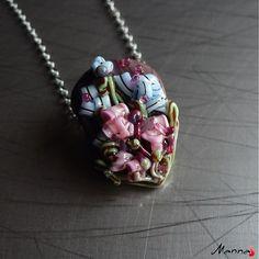 Skleněný medailonek z kolekce Kvetinová záhrada - www.sashe.sk