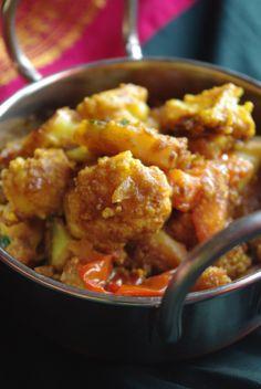 Recette indienne en vidéo Aloo gobi Bonjour et bienvenue dans mon blog cuisine . Aujourd'hui nous allons préparer Aloo gobhi : chou-fleur , pommes de terre , épices . C'est une recette d'hiver, très populaire en Inde, facile à réaliser et très goûteuse....