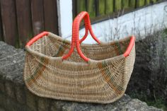 Vintage Wicker Shopp