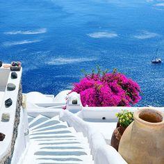 Kirini #Santorini Hotel ⛵   @danicaspi