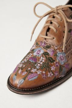 Embroidered shoes. Learn how to embroider to fashion industry standard from experts who work for Chanel, Louis Vuitton and more at https://www.mastered.com/course-listings/3