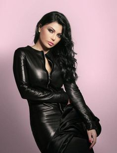 haifa-wehbe-fashion-520x681.jpg (520×681)