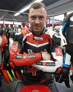 Cute Motorcycle and Rubber guys: Photo Bike Leathers, Motorcycle Suit, Riders On The Storm, Biker Gear, Bikers, Mens Fashion, Sexy, People, Man Style