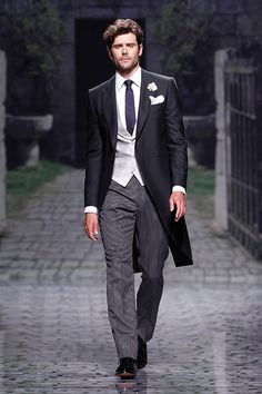Browse suits for grooms, tuxedos, morning suits and other wedding styles for men… Best Man Wedding, Wedding Men, Wedding Suits, Wedding Attire, Wedding Styles, Formal Wedding, Wedding Ideas, Groom Outfit, Groom Attire