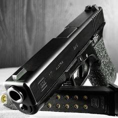 Glock 17 Macro #2 by ZORIN DENU, via Flickr