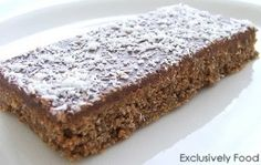 This quick and easy recipe makes a crunchy chocolate slice that is great for lunchboxes. Makes about 18 pieces (each about by . Sweet Recipes, Cake Recipes, Dessert Recipes, Yummy Treats, Sweet Treats, Yummy Food, Delicious Recipes, Tasty, Chocolate Weetbix Slice