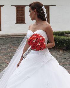 Tema: Wedding day  Fotografía por Daniela Tamayo #Wedding #Weddingdress #boda #novia