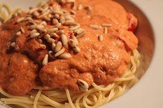 Spaghetti mit Tomaten - Ricotta - Sauce