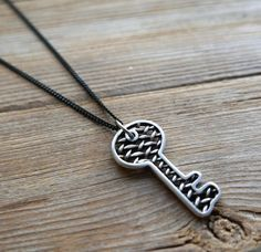 """Men's Necklace - Men's Black Necklace - Men's Key Necklace - Men's Jewelry - Men's Gift - Boyfriend Gift - Husband Gift - Guys Necklace The simple and beautiful necklace features blackend brass chain with blackend silver plated key pendant. Length: 25"""" (65 cm). $35"""