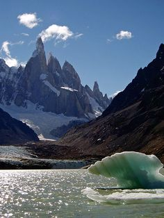 Cerro Torre and Laguna Torre, Los Glaciares National Park, Patagonia, Argentina. Photo: PAUL ZIZKA PHOTOGRAPHY via Flickr