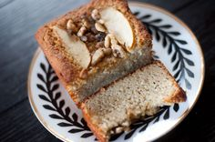Baked apple walnut bread just in time for fall – my first fully original recipe!! It's the guiltiest tasting guilt-free thing I've ever made...refined sugar free, paleo and gluten free. Give it a try! RECIPE: * 2 cups blanched almond flour (...