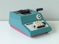 Olivetti Summa Prima 20, designed by Marcello Nizzoli, 1960. Photographed by Tuusa.