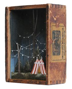 Space, unity, diorama, The Wee Hours, 2016 by Allison May Kiphuth Shadow Box Kunst, Shadow Box Art, Arte Assemblage, Arte Pop Up, Paper Art, Paper Crafts, Art Textile, Antique Boxes, Crafty Craft