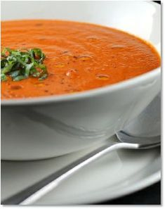 Low FODMAP Tomato and red pepper soup - gluten free http://www.ibssano.com/low_fodmap_recipes_tomato_red_pepper_soup.html