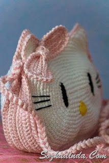 Tapestry Crochet Patterns, Crochet Toys Patterns, Crochet Motif, Crochet Girls, Cute Crochet, Crochet Baby, Crochet Handbags, Crochet Purses, Hello Kitty Crochet