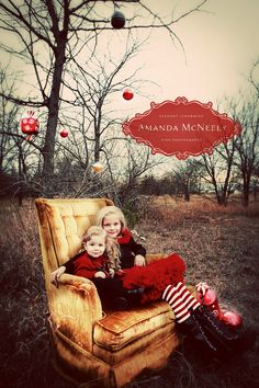 love chair, setting, and outfits for christmas photos