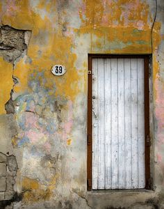 Door Photography Door in Havana Cuba Urban by AroundTheGlobeImages – Amy Lloyd Young - LessBo Ideas Urban Decay Photography, Cuba Photography, Texture Photography, Chicago Photography, Exposure Photography, Photography Projects, Abstract Photography, Street Photography, Landscape Photography