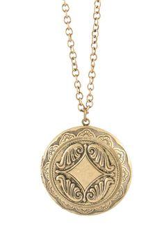 Medallion Locket - Antique Brass