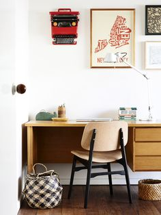 RETHINK | turn a vintage typewriter into a piece of wall art by simply hanging it on the wall