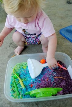 Toddler Talk: Rainbow Rice: An easy DIY sensory bin that your tot will go crazy for