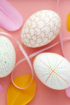 Sharpie marker on eggs www.pandurohobby.com #Panduro #easter #DIY #egg #sharpie #doodle #påsk #oster #påske