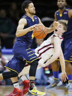 USA Today - 'Vanguard beats Emmanuel 70-65 to win NAIA title' article
