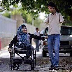He eats by her hands & She walks by his legs! Ahmad and Fatima, A young married couple who, despite Ahmad having no arms and Fatima having no legs, but together they complete each other... in so many ways. Real marriages and relationships aren't fairy tales.