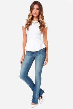 60454362 Dittos Breana Mid Rise Skinny Flare Jeans at LuLus.com! Skinny Flare Jeans,
