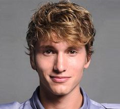 #Curly #Hairstyles for Men Square Faces - http://www.menshairstyleshub.com/top-curly-hairstyles-for-men/