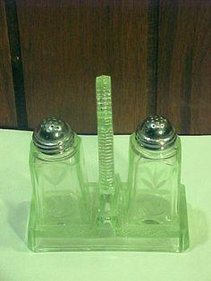 Vintage Green Depression Etched Salt Pepper Shakers Caddy Holder | eBay