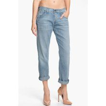 looking for the perfect pair of boyfriend jeans
