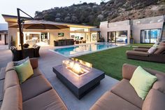 Modern Residence: Wallace Ridge by Whipple Russell Architects, Beverly Hills, California