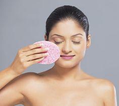 Beautician tips to remove Blackheads in face - Aval Vikatan | பிளாக்ஹெட்ஸை பிளாக் செய்ய..! | அவள் விகடன் - 2015-12-01
