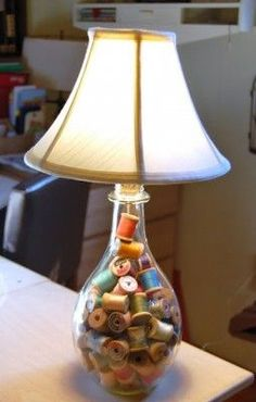 Glass lamp filled with old thread spools - w/tutorial - Tidy Brown Wren, bringing order to your nest: Making A Lamp For My Craft Studio Sewing Room Storage, Sewing Room Decor, Sewing Room Organization, Sewing Rooms, Organizing, Fillable Lamp, Diy Luminaire, Spool Crafts, Sewing Crafts