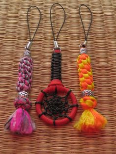 paracord projects   EVERYTHING PARACORD UK: thai roper; 550 paracord charmz round sinnet ...