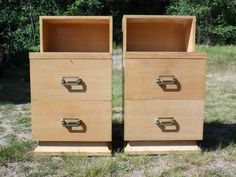 ANTIQUE PAIR ART MODERNE BED NIGHTSTANDS END TABLES ART DECO MID CENTURY MODERN