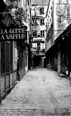 Pariscool - la photothèque de Paris - photos de Paris par arrondissements et quartiers- Passage Moliere