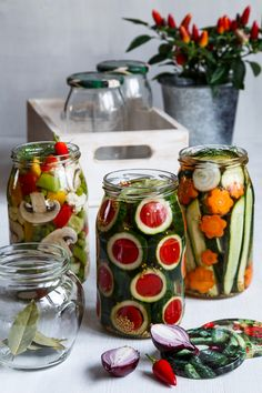 Home Canning, Pickles, Kimchi, Mason Jars, Good Food, Food And Drink, Healthy Recipes, Homemade, Baking