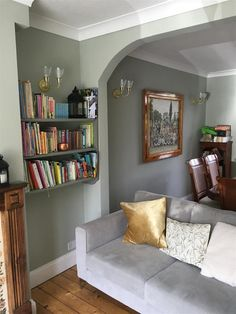Farrow & ball inspiration- mizzle farrow ball, funky home decor, living room , Funky Living Rooms, Living Room Green, Living Room Paint, Home Living Room, Living Room Decor, Bedroom Decor, Dining Room, Bedroom Green, Farrow And Ball Living Room