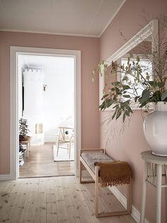 30 Beautiful Pink Living Room Decor Ideas - Home Accents living room Modern Vintage Decor, Rustic Modern, Living Room Decor, Bedroom Decor, Pink Living Rooms, Blush Pink Living Room, Dusty Pink Bedroom, Rose Bedroom, Bedroom Ideas
