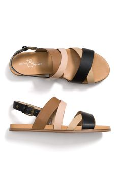 Brilliant idea to have so many neutrals in one sandal! Women's Shoes, Shoes Flats Sandals, Sock Shoes, Cute Shoes, Leather Sandals, Me Too Shoes, Shoe Boots, Sandals 2018, Simple Sandals