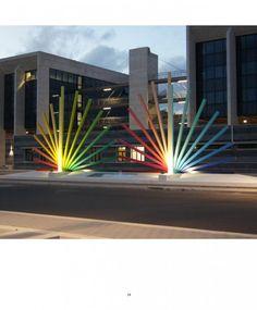 GUIL (©2011 artmajeur.com/guil) «Ces lumières que nettoient le ciel de l'Andalousie, le nord de l'Afrique et la Sicile»  «Cette éclairage des phares, des lampadaires, pendant la nuit, des vagues et  des ressacs»