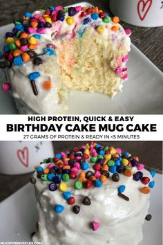 A super easy birthday microwave cake recipe with 27 grams of protein that's perf. - A super easy birthday microwave cake recipe with 27 grams of protein that's perfect for both your - Protein Cupcakes, Protein Muffins, Protein Donuts, Protein Cookies, Protein Oatmeal, Protein Ice Cream, Protein Brownies, Protein Smoothies, Fruit Smoothies