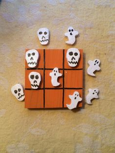 Glow in the dark Halloween tic tac toe by DustWitchCreations