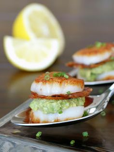 Scallop, Avocado, and Bacon Sandwiches -- use nitrate-free turkey bacon and sear the scallops in grapeseed oil for an amazing Phase 3 meal.