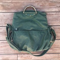 Green Handbag from Buckle Excellent condition. Worn once. No stains or rips. Ships immediately! No trades at this time ❤️ Buckle Bags