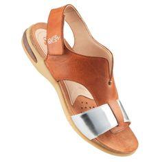 Sköna sandaletter med 10 cm hög klossklack | Hos JOBI