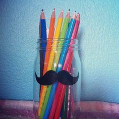 Αυτό το ποτήρι Tiger με λίγη φαντασία γίνεται υπέροχη θήκη για τα μολύβια σας!