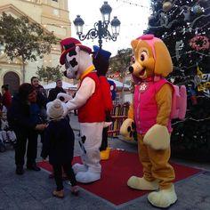 Ya esta la patrulla canina en la Plaza del Ayuntamiento. Te estamos esperando #nadal #ribaroja